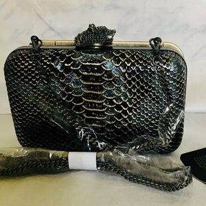 House of Harlow Clutch